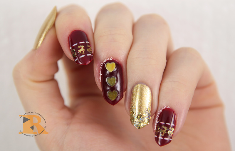 Christmas Sweater Sparkles nail art by Robin