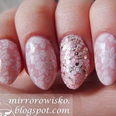 Pink fields nail art by Panna Dominika