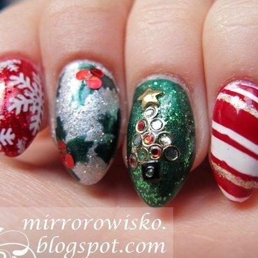 Merry Xmas! 2 nail art by Panna Dominika