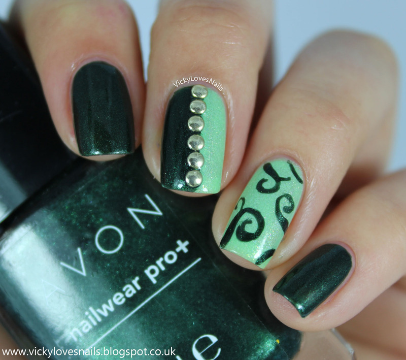 Green Skittlette nail art by Vicky Standage