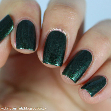 Avon Midnight Green Swatch by Vicky Standage