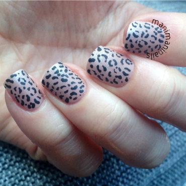 Leopard print gradient nail art by manimaninails