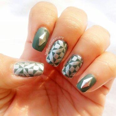 Geometric nail art nail art by Manisha Manimatters