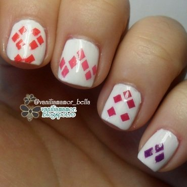 Geometric nail art by Isabella