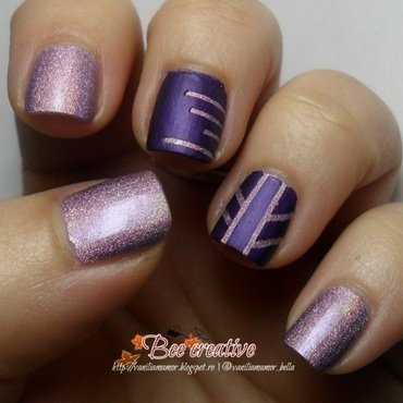 Purple holo nail art by Isabella