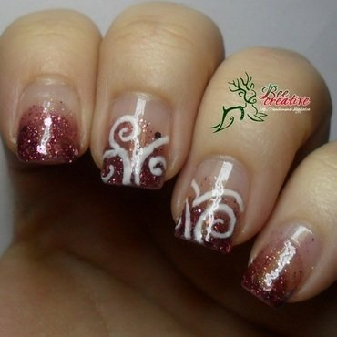 Glitter nail art by Isabella
