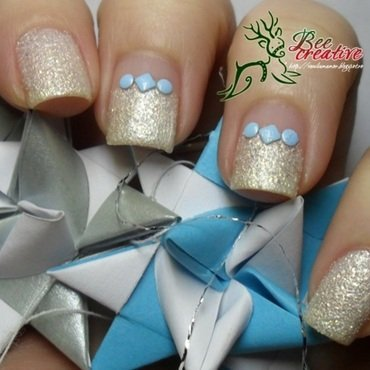 Golden Rose Holiday 70 Swatch by Isabella