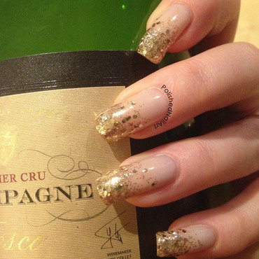 NYE glitter gradient nail art by Carrie
