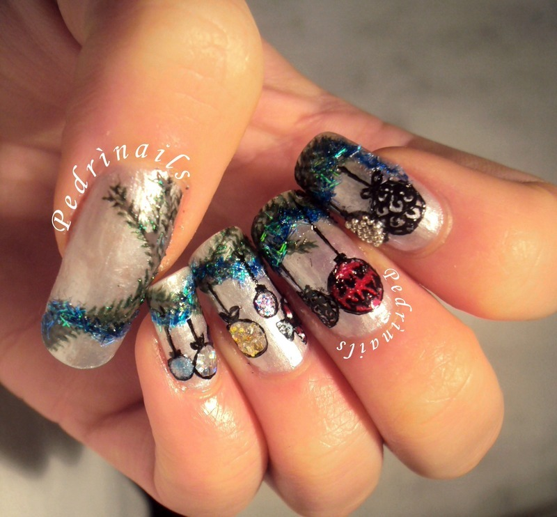3D Christmas tree ornaments nail art by Pedrinails