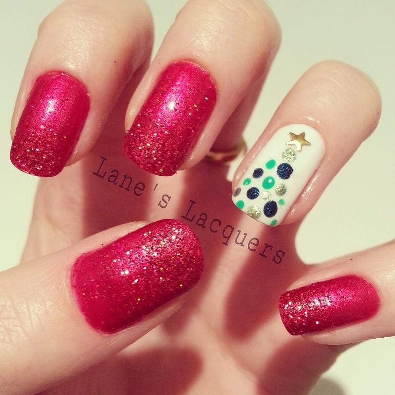 Christmas Tree Glitter Gradient  nail art by Rebecca