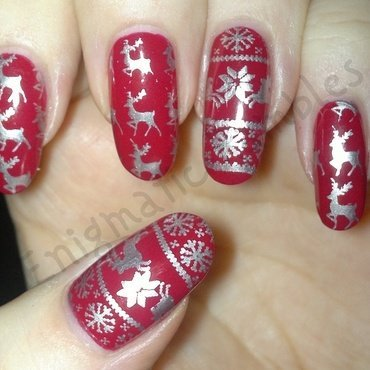 Reindeer Sweater Nails nail art by Enigmatic Rambles