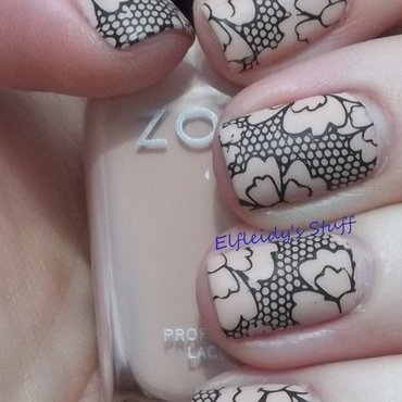 Negative space nail art by Jenette Maitland-Tomblin