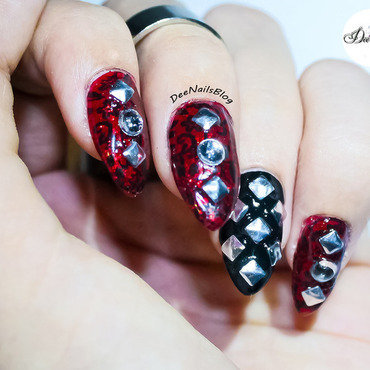 Gothic metal nails nail art by Diana Livesay
