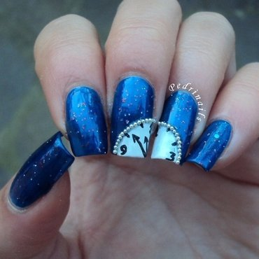 Waiting for the midnight hour nail art by Pedrinails
