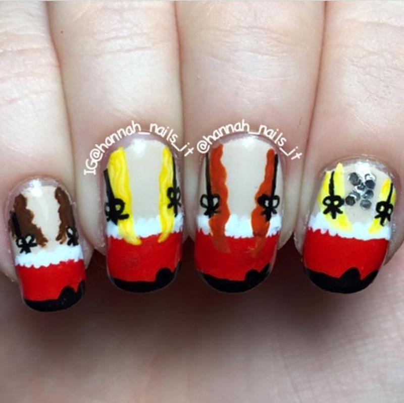 Jingle Bell Rock/Mean Girls nail art by Hannah