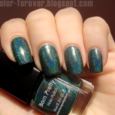 Born 20pretty 20holo 20polish 2012 thumb370f