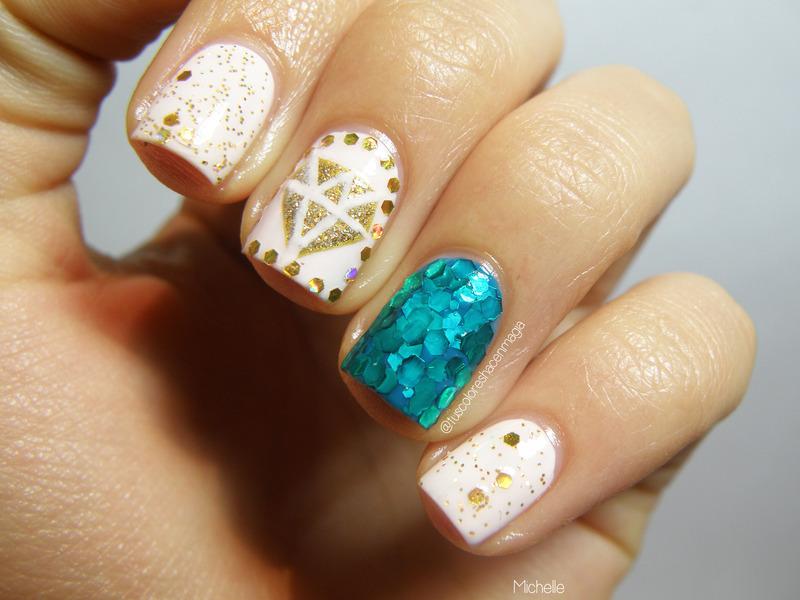 So much gitter nail art by Michelle Mullett