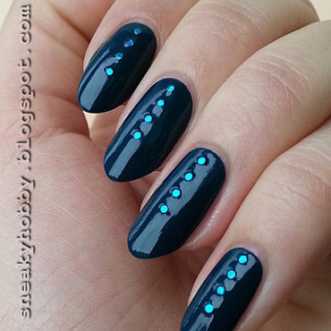 Blue Buttons nail art by Mgielka M
