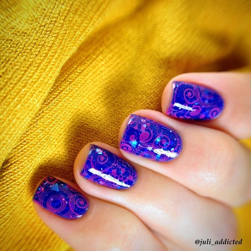 #53 nail art by Juli