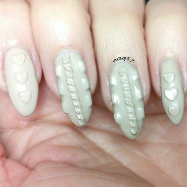 Nude Sweater nail art by Nora (naq57)
