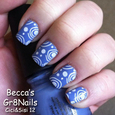 Curly Q's nail art by Gr8Nails