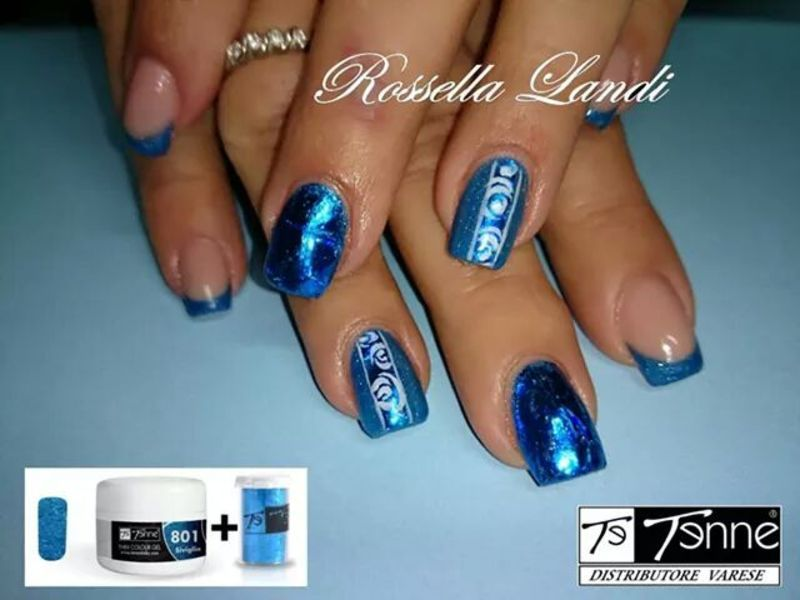 Metallic blue nail art by Rossella Landi
