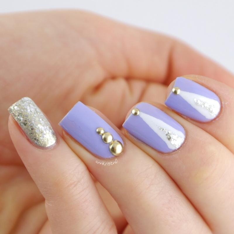 Purple Matte Taped nail art by Ann-Kristin
