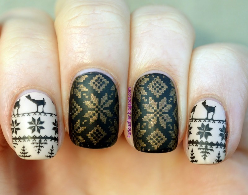 I'm dreaming of a matte Christmas! nail art by Furious Filer