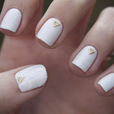 snow nails nail art by Jule