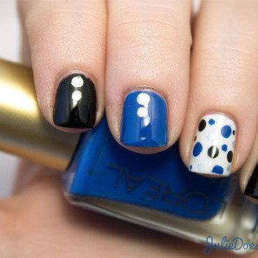 Black and blue dotticure 09 thumb370f