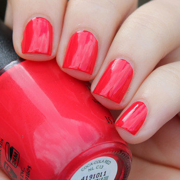 Opi 20coca 20cola 20red thumb370f