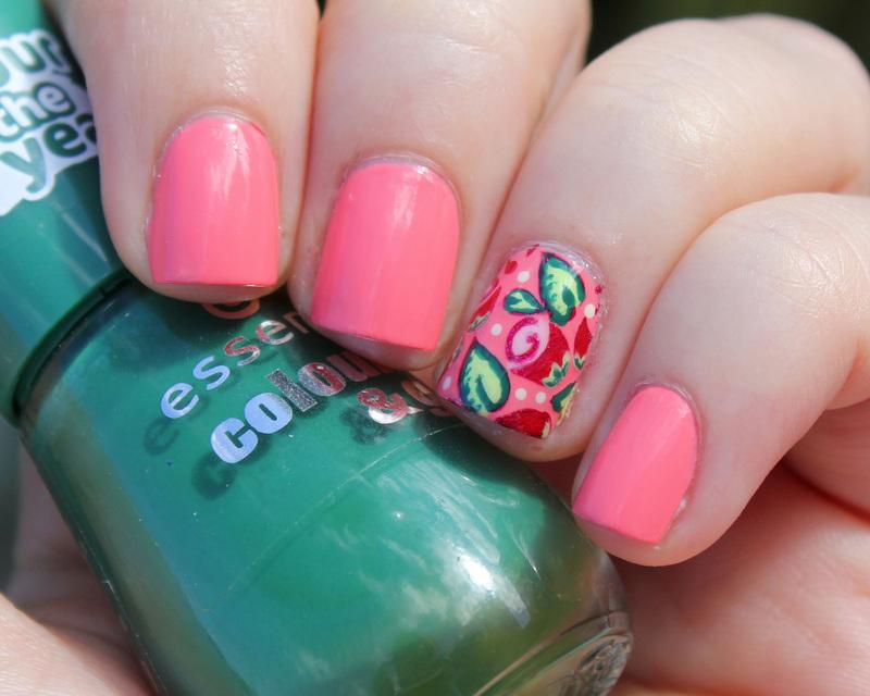 Roses nail art by Moriesnailart