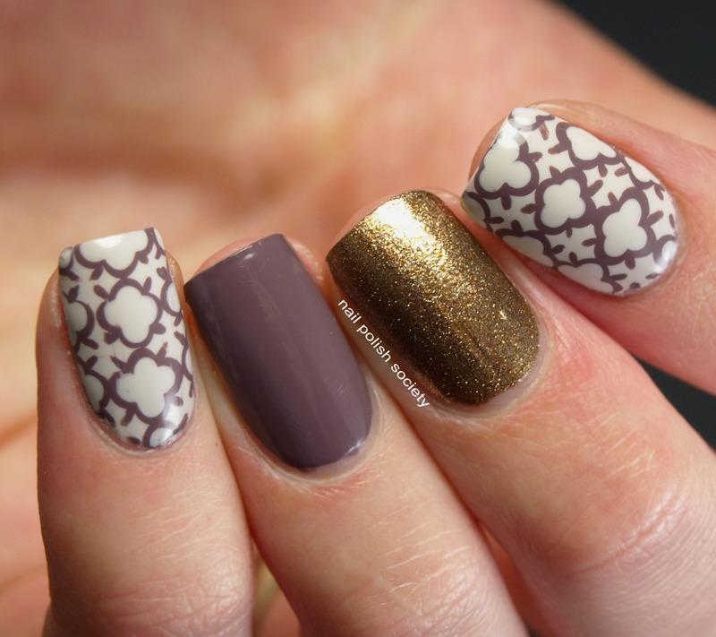 Quatrefoil Skittlette nail art by Emiline Harris