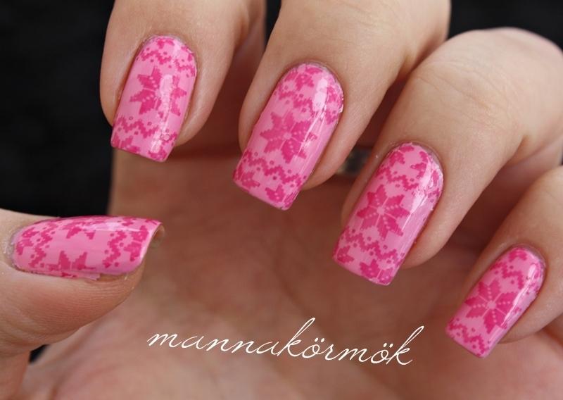 pink winter nail nail art by Marianna Kovács