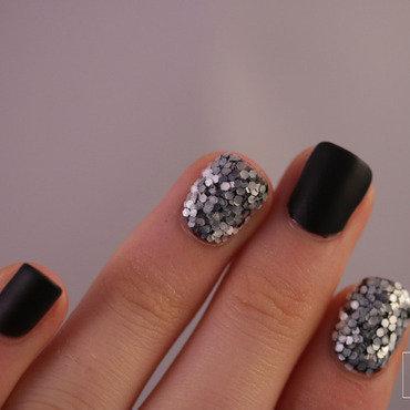 Glitter black matte10 thumb370f