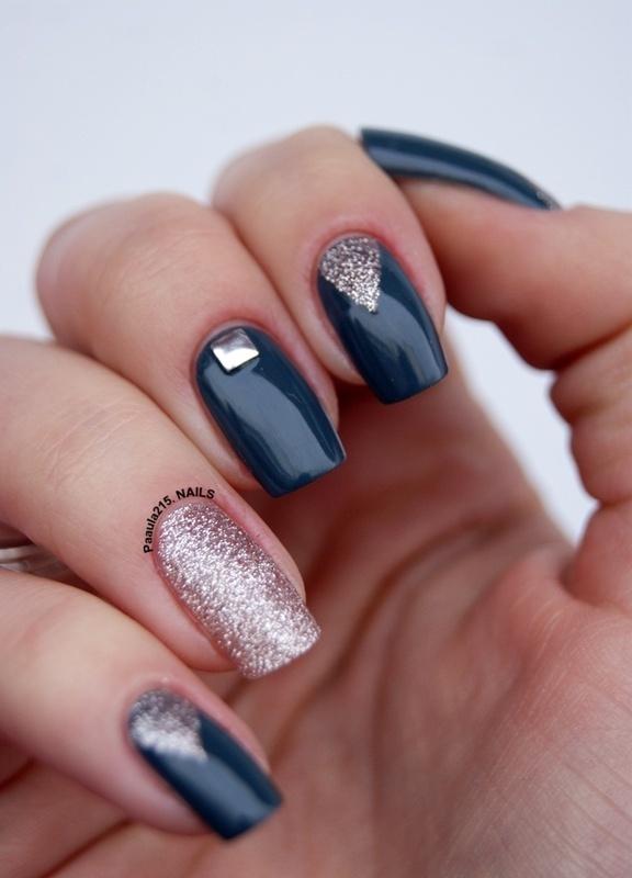 Vested interest. nail art by Paula215. NAILS