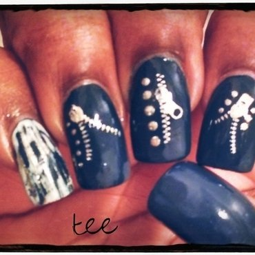 Zipper nails nail art by peecheytee