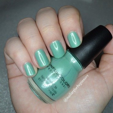 Sinful Colors Mint Apple Swatch by Lindsay