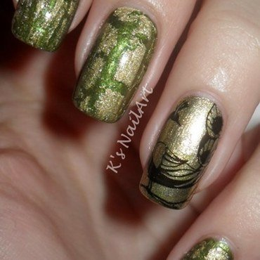 Golden peacock nails thumb370f