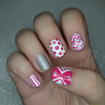 Pink and Sparkly nail art by Lindsay