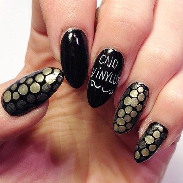 Blobbicure  nail art by Henulle