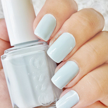 Essie 20  20find 20me 20an 20oasis 20  thumb370f
