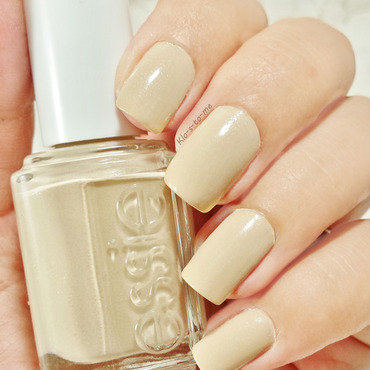 Essie 20  20cocktails 20and 20coconuts 20  thumb370f