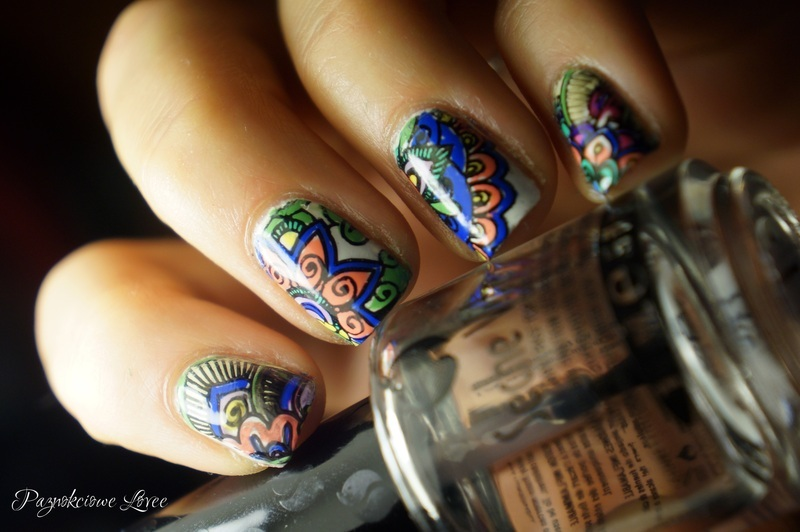 Arabesque  nail art by PaznokcioweLovee
