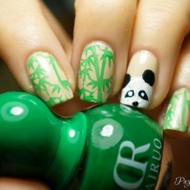 Panda nail art by PaznokcioweLovee
