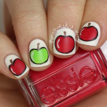 Apple Nail Art nail art by Kelli Dobrin