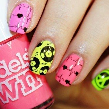 Love Music! nail art by Amethyst