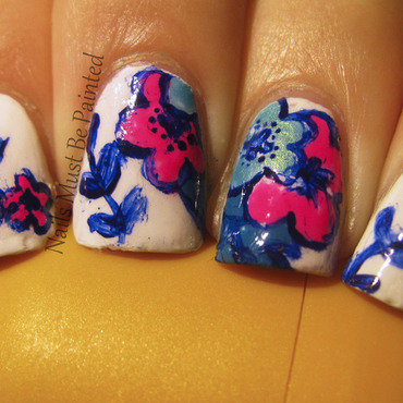 Cartoon Florals nail art by Emily