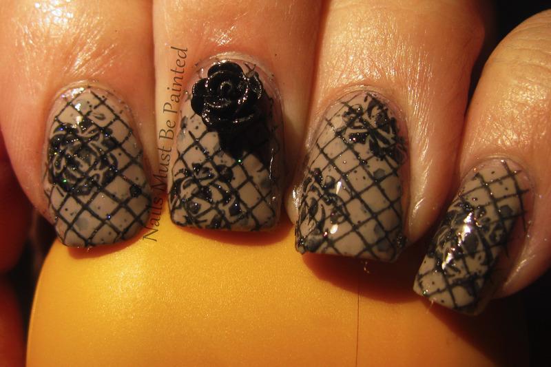 Vintage Elegance nail art by Emily