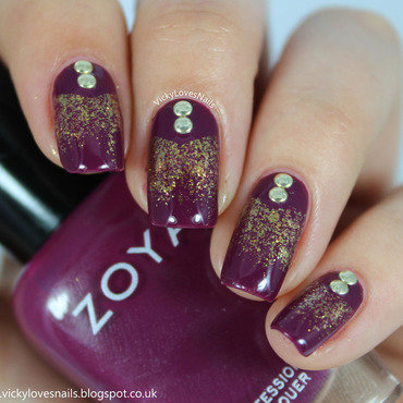 V Gap Glitter Gradient with Studs nail art by Vicky Standage